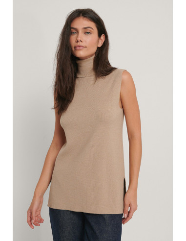 Polo Neck Side Slit Vest